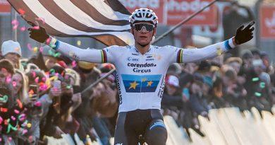 Mathieu Van der Poel prolongeert Europese Titel Cyclco-Cross