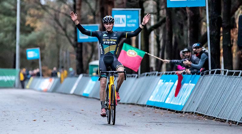 Corne Van Kessel de sterkste in de Zilvermeercross