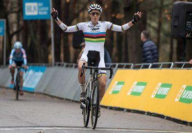 Sanne Cant wint de Zilvermeercross