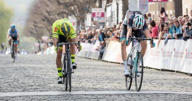 Patric Müller zegeviert in de Volta Limburg Classic